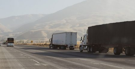 The Dangerous Risk of Overweight Tractor Trailers in Mississippi
