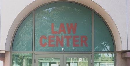 How do Injury Attorneys Get Higher Settlements for Victims